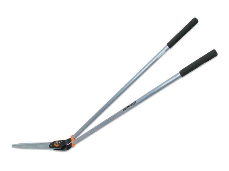 Fiskars long handled lawn shears lawn tools garden for Long handled garden tools