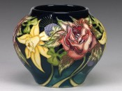 Moorcroft Pottery Diamond Jubilee 402/4